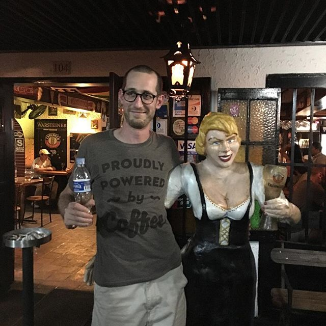 @beaulebens with the awkward looking pub lady ?