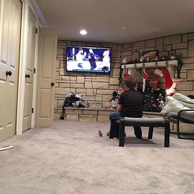 UFC on Christmas Eve ☃