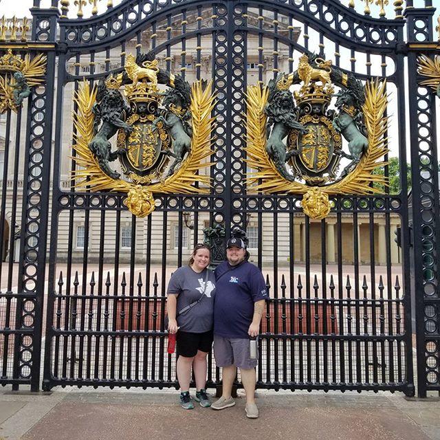 Sara and I at Buckingham Palace.